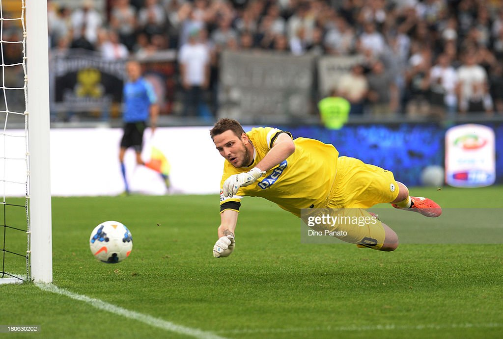 Ivan Kelava goalkeeper of Udinese Calcio in action during the Serie A match between Udinese Calcio and Bologna FC at Stadio Friuli on September 15, 2013 in Udine, Italy.