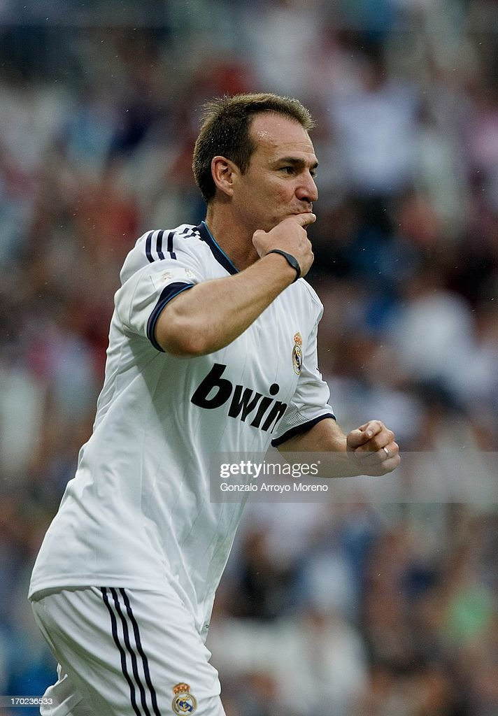 <a gi-track='captionPersonalityLinkClicked' href=/galleries/search?phrase=Ivan+Perez&family=editorial&specificpeople=2304121 ng-click='$event.stopPropagation()'>Ivan Perez</a> of Real Madrid Legends celebrates after scoring their second goal during the Real Madrid Legends v Juventus Veterans Corazon Classic Match 2013 at Estadio Santiago Bernabeu on June 9, 2013 in Madrid, Spain.