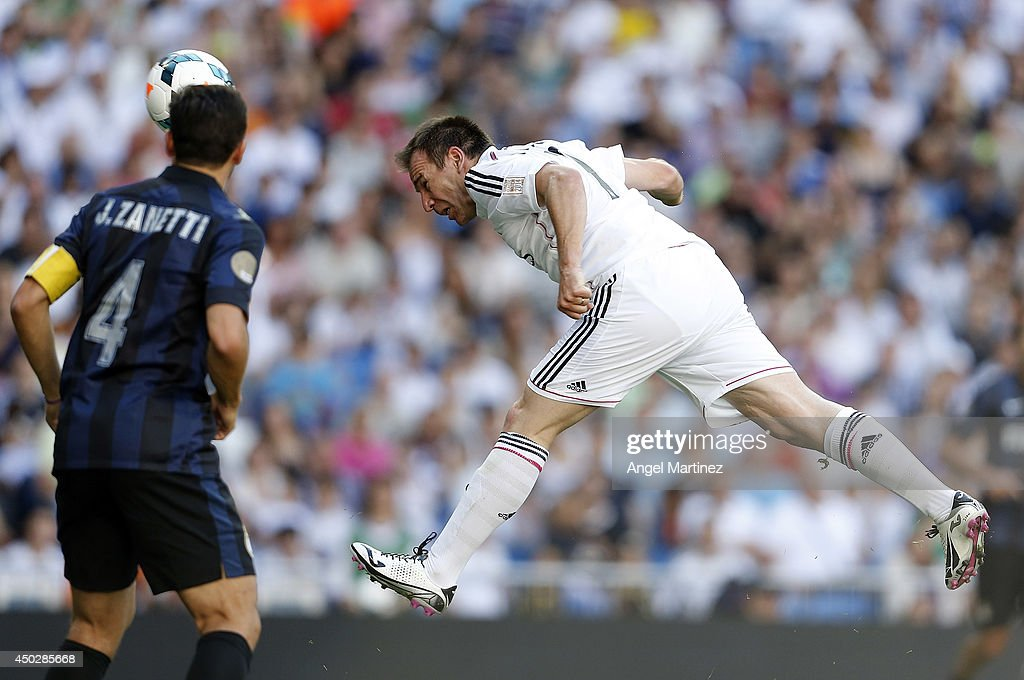<a gi-track='captionPersonalityLinkClicked' href=/galleries/search?phrase=Ivan+Perez&family=editorial&specificpeople=2304121 ng-click='$event.stopPropagation()'>Ivan Perez</a> of Real Madrid Legends heads the ball to score his team's second goal during the Corazon Classic match between Real Madrid Legens and Inter Forever at Estadio Santiago Bernabeu on June 8, 2014 in Madrid, Spain.