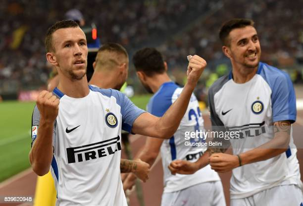 Ivan Perisic of FC Internazionale celebrates the goal 13 scored by Matias Vecino of FC Internazionale during the Serie A match between AS Roma and FC...
