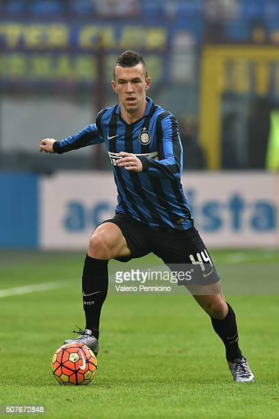 Ivan Perisic of FC Internazionale Milano in action during the Serie A match between FC Internazionale Milano and Carpi FC at Stadio Giuseppe Meazza...