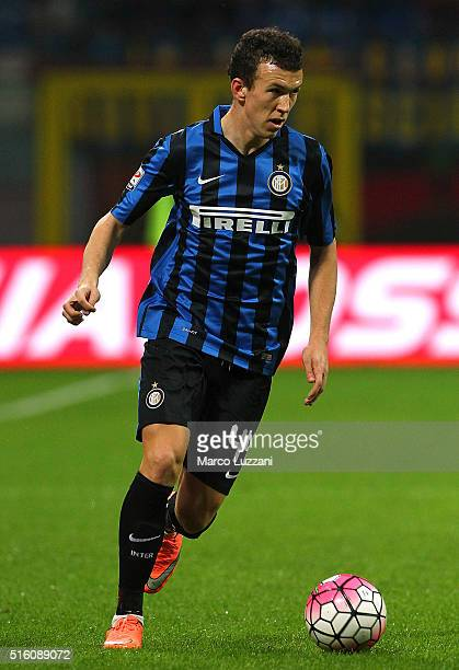 Ivan Perisic of FC Internazionale Milano in action during the Serie A match between FC Internazionale Milano and Bologna FC at Stadio Giuseppe Meazza...