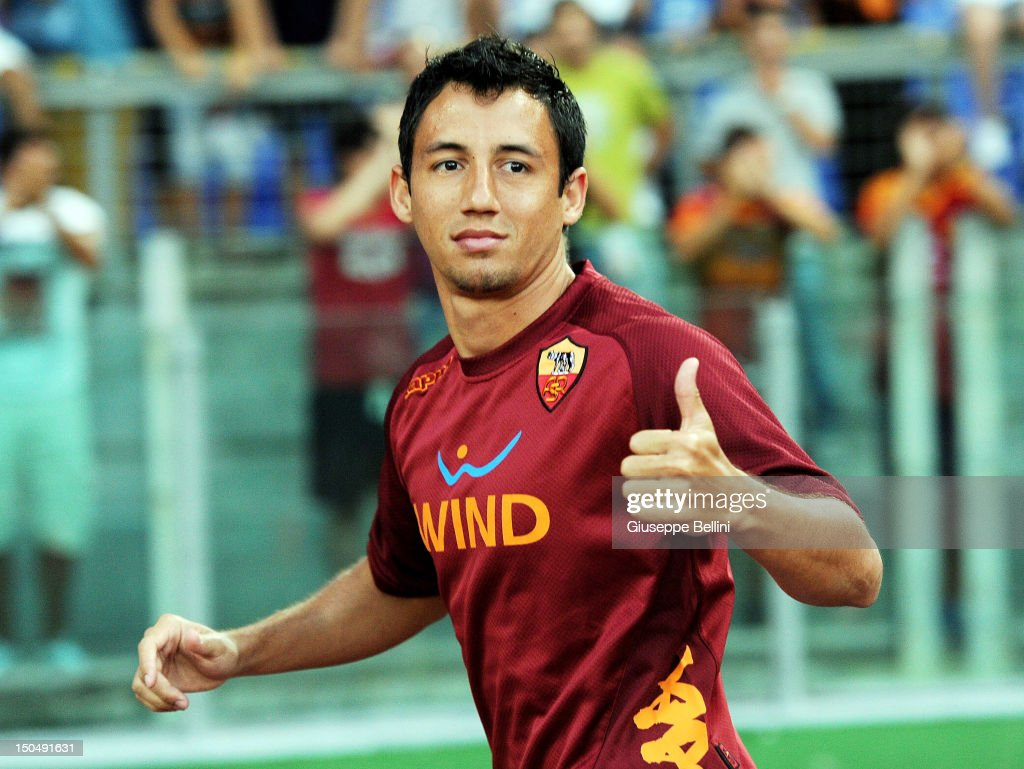 <a gi-track='captionPersonalityLinkClicked' href=/galleries/search?phrase=Ivan+Piris&family=editorial&specificpeople=5348316 ng-click='$event.stopPropagation()'>Ivan Piris</a> of Roma before the pre-season friendly match between AS Roma and Aris Thessaloniki FC at Olimpico Stadium on August 19, 2012 in Rome, Italy.