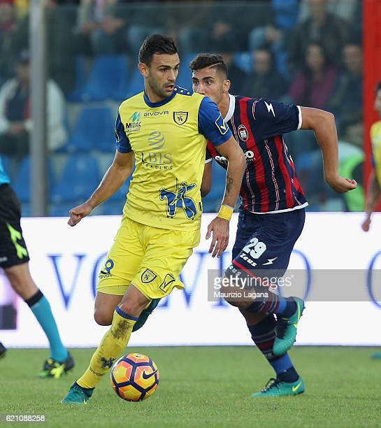Ivan Radovanovic of Chievo during the Serie A match between FC Crotone and AC ChievoVerona at Stadio Comunale Ezio Scida on October 30 2016 in...