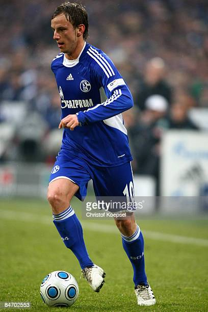 Ivan Rakitic of Schalke runs with the ball during the Bundesliga match between FC Schalke 04 and Werder Bremen at the VeltinsArena on February 7 2009...