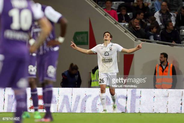 Ivan Santini of Caen celebrates after scoring a goal during the Ligue 1 match between Toulouse FC and SM Caen at Stadium Municipal on May 6 2017 in...