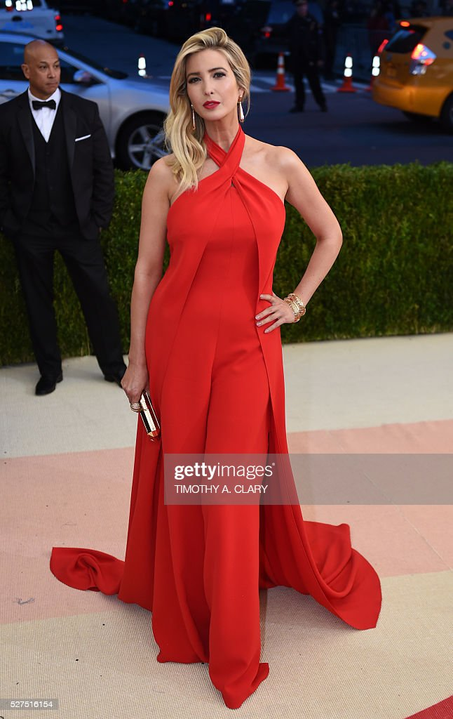 Ivanka Trump arrives for the Costume Institute Benefit at The Metropolitan Museum of Art May 2, 2016 in New York. / AFP / TIMOTHY