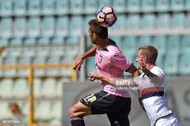 Ivaylo Chochev of Palermo and Luca Rigoni of Genoa compete for the ball during the Serie A match between US Citta di Palermo and Genoa CFC at Stadio...
