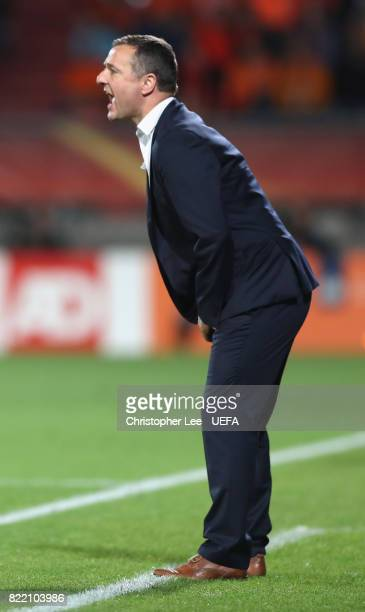 Ives Serneels head coach of Belgium shouts orders to his players during the UEFA Women's Euro 2017 Group A match between Belgium and Netherlands at...