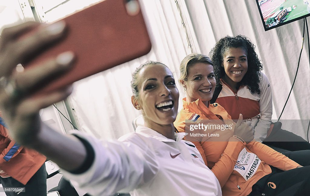 Ivet LalovaCollio of Bulgaria takes a selfie with Dafne Schippers of the Netherlands and Mujinga Kambundji of Switzerland as they wait for the Womens...