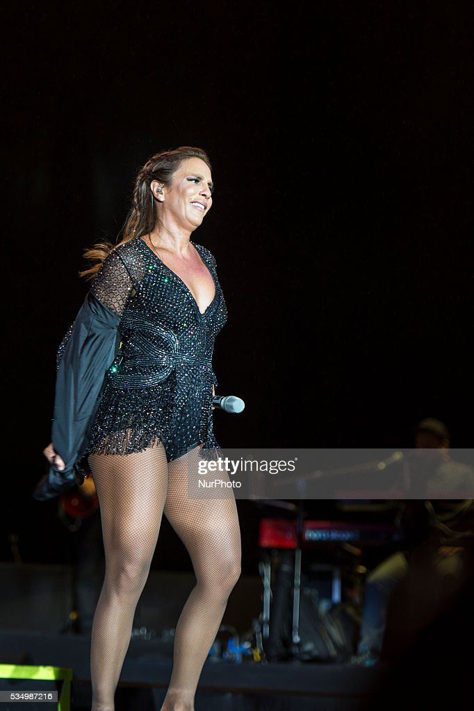 <a gi-track='captionPersonalityLinkClicked' href=/galleries/search?phrase=Ivete+Sangalo&family=editorial&specificpeople=609904 ng-click='$event.stopPropagation()'>Ivete Sangalo</a> performance in Rock in Rio 2016 Lisbon, on May 28, 2016.