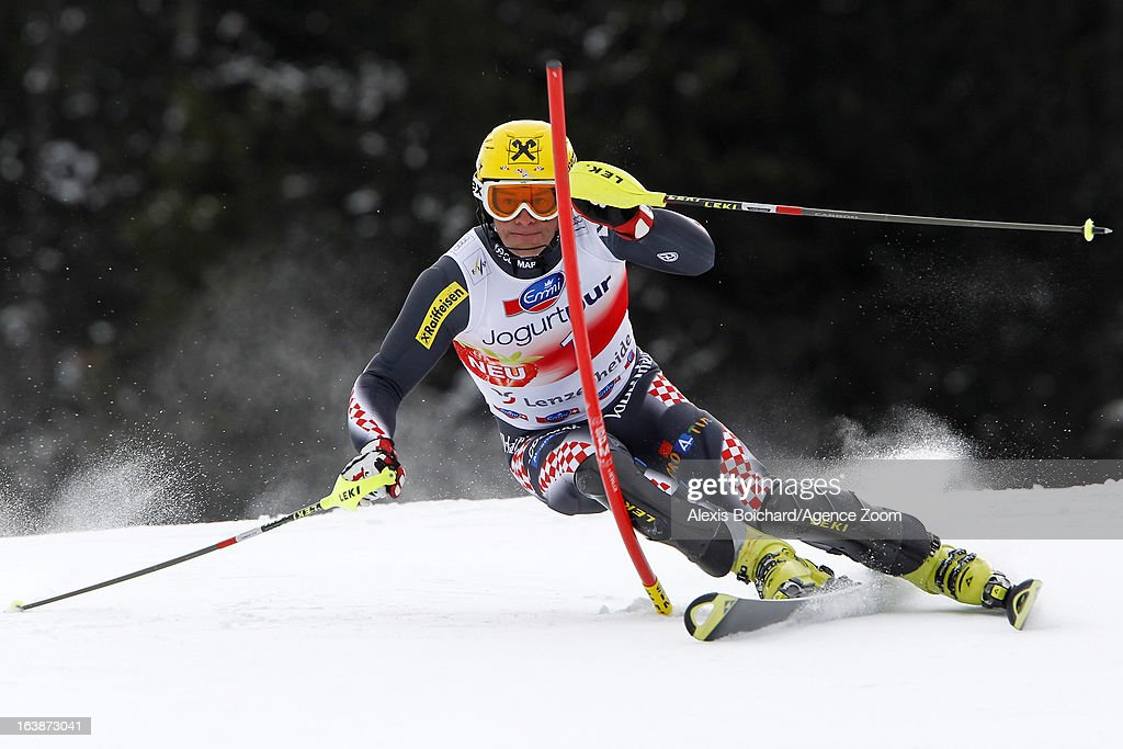 <a gi-track='captionPersonalityLinkClicked' href=/galleries/search?phrase=Ivica+Kostelic&family=editorial&specificpeople=241265 ng-click='$event.stopPropagation()'>Ivica Kostelic</a> of Croatia competes during the Audi FIS Alpine Ski World Cup Men's Slalom on March 17, 2013 in Lenzerheide, Switzerland.
