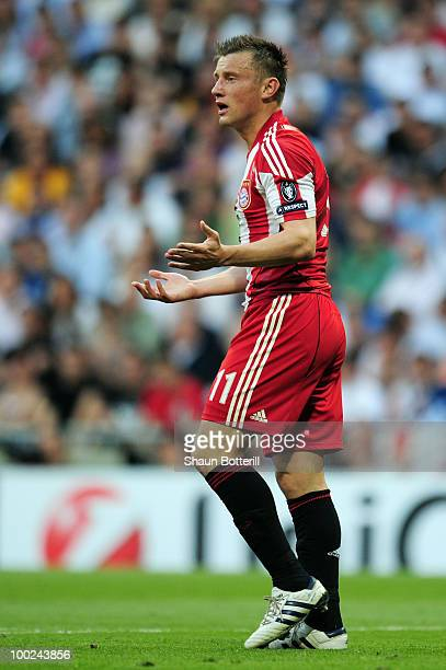 Ivica Olic of Bayern Munich reacts during the UEFA Champions League Final match between FC Bayern Muenchen and Inter Milan at the Estadio Santiago...