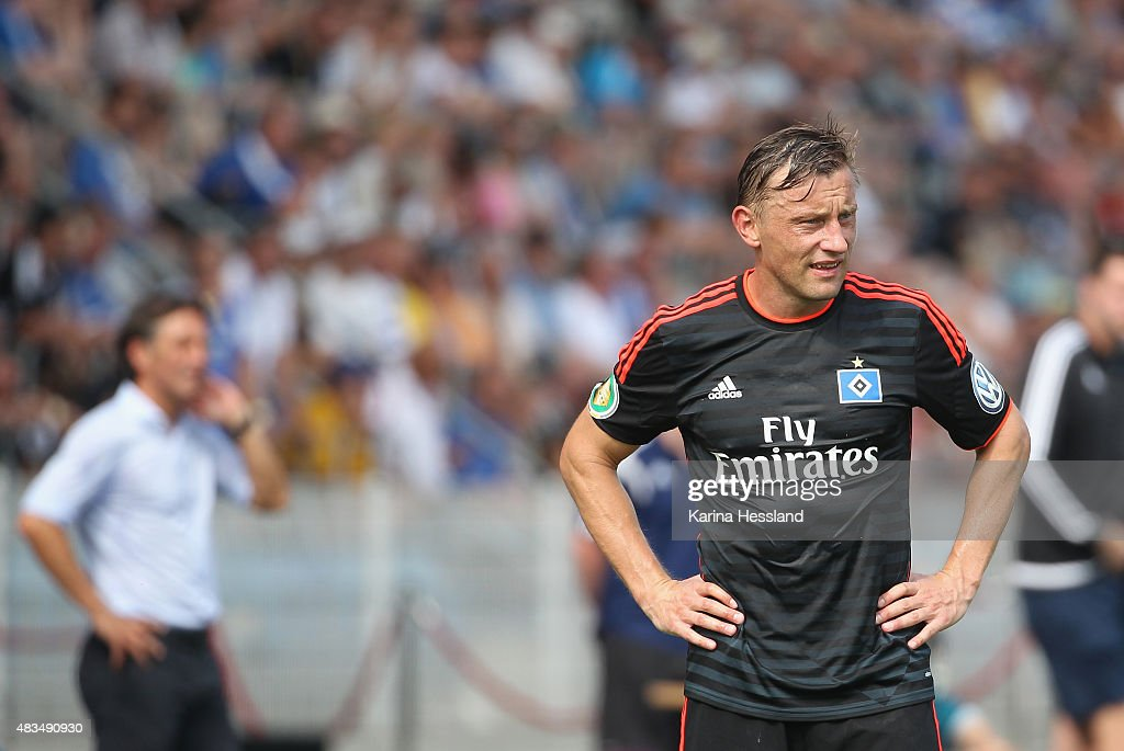 Ivica Olic of Hamburger SV looks dejected during the First Round of DFBCup between FC Carl Zeiss Jena and Hamburger SV at ErnstAbbeSportfeld on...