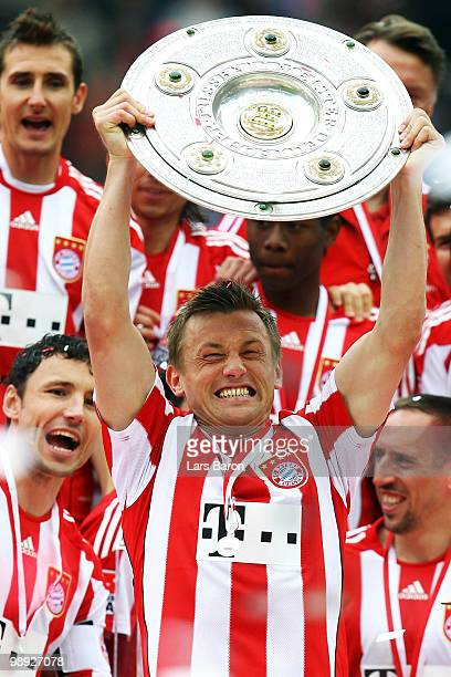 Ivica Olic of Muenchen lifts the trophy after the Bundesliga match between Hertha BSC Berlin and FC Bayern Muenchen at Olympic Stadium on May 8 2010...