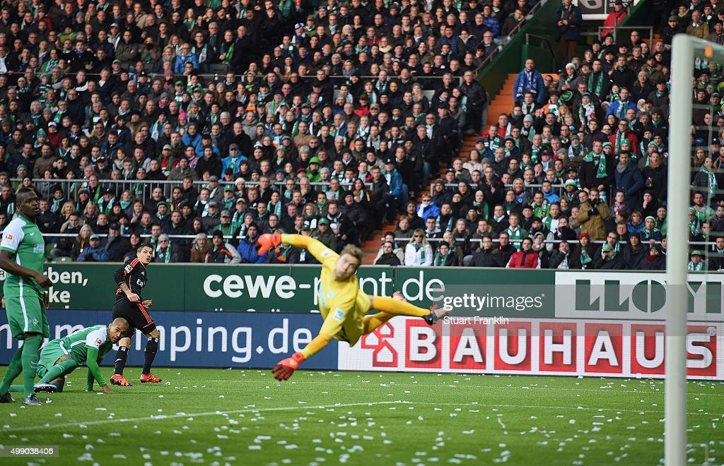 Ivo Ilicevic of Hamburg scores his goal during the Bundesliga match between Werder Bremen and Hamburger SV at Weserstadion on November 28 2015 in...
