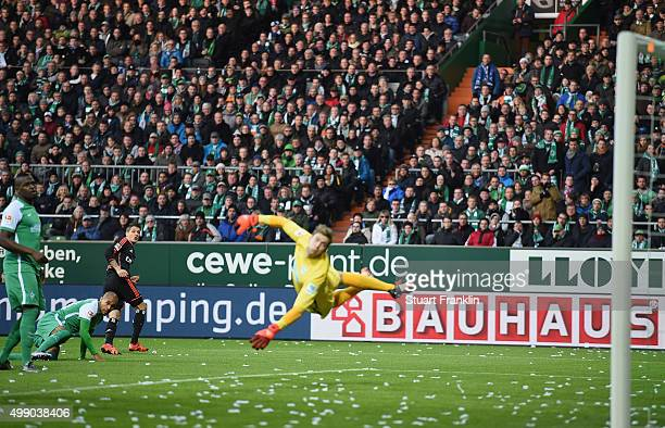 Ivo Ilicevic of Hamburg scores his goal during the Bundesliga match between Werder Bremen and Hamburger SV at Weserstadion on November 28 2015 in...