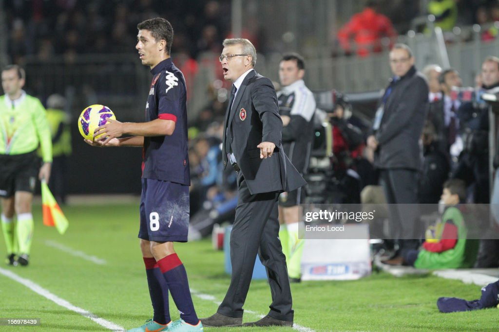 Ivo Pulga Coach of Cagliari during the Serie A match between Cagliari Calcio and SSC Napoli at Stadio Sant'Elia on November 26, 2012 in Cagliari, Italy.