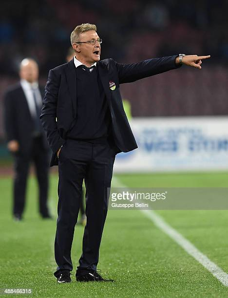 Ivo Pulga head coach of Cagliari gestures during the Serie A match between SSC Napoli and Cagliari Calcio at Stadio San Paolo on May 6 2014 in Naples...