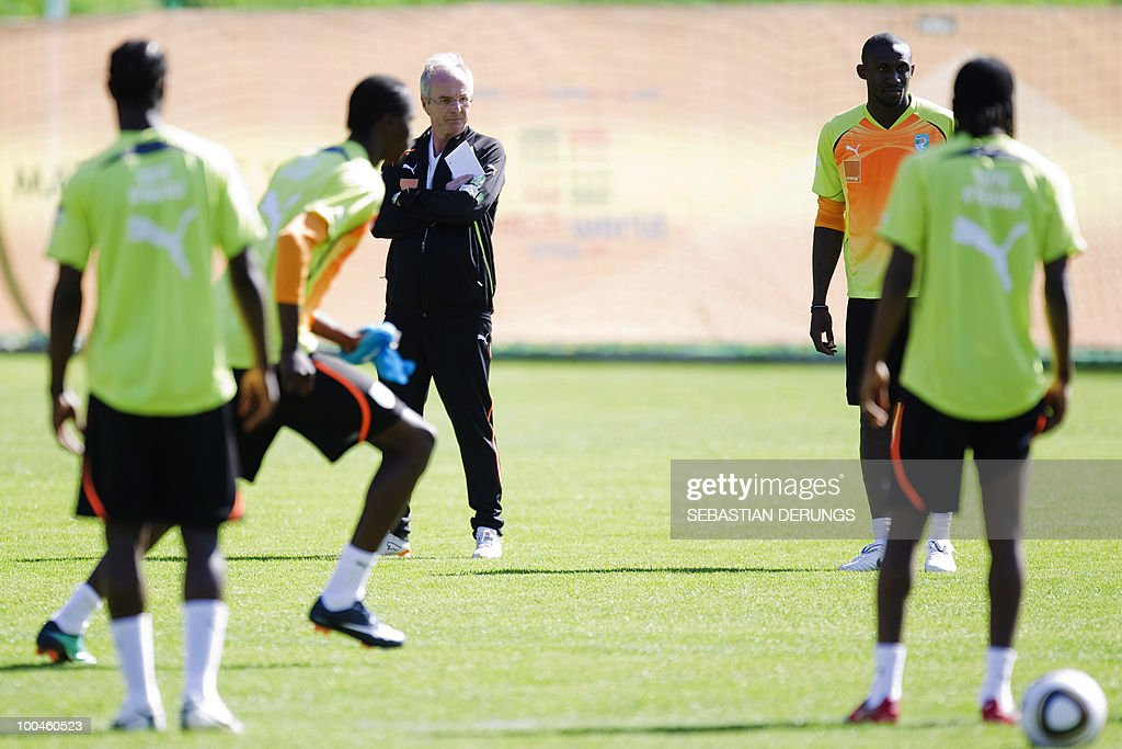 Ivory Coast team coach Sven-Goran Eriksson of Sweden looks at his players during a practice session on May 24,2010 in Saanen, Switzerland, ahead of the FIFA World Cup 2010 finals in South Africa.