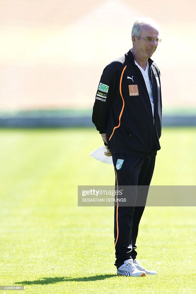 Ivory Coast team coach Sven-Goran Eriksson of Sweden watches his players during a practice session on May 24, 2010 in Saanen, Switzerland, ahead of the FIFA World Cup 2010 finals in South Africa.