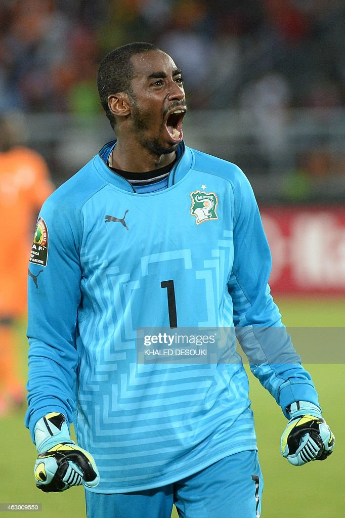 Ivory Coast's goalkeeper <a gi-track='captionPersonalityLinkClicked' href=/galleries/search?phrase=Boubacar+Barry&family=editorial&specificpeople=550738 ng-click='$event.stopPropagation()'>Boubacar Barry</a> celebrates after scoring the winning penalty during the penalty shootout of the 2015 African Cup of Nations final football match between Ivory Coast and Ghana in Bata on February 8, 2015.