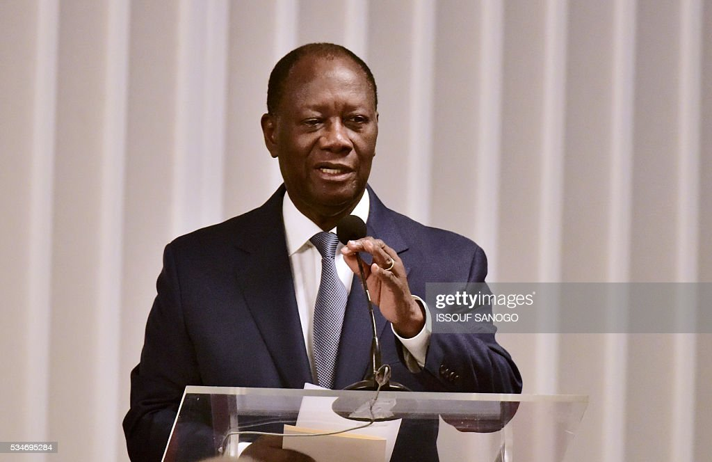Ivory Coast's President Alassane Ouattara driver his message at the security meeting of the ministers of Security Defence and Security of the West African Economic and Monetary Union zone (UEMOA) in Abidjan on May 27, 2016. / AFP / ISSOUF
