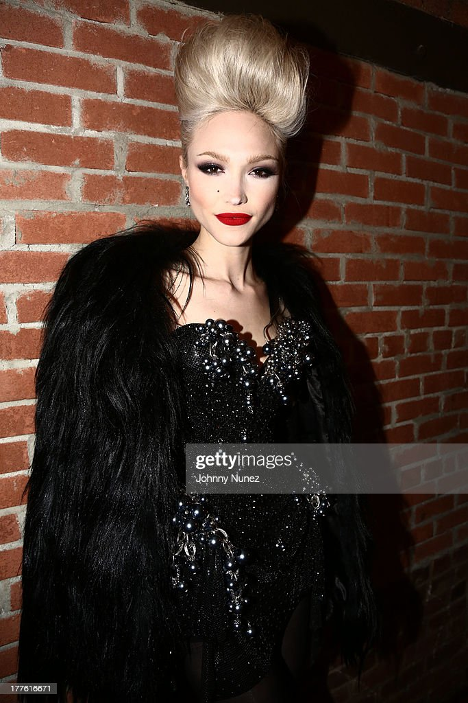 <a gi-track='captionPersonalityLinkClicked' href=/galleries/search?phrase=Ivy+Levan&family=editorial&specificpeople=11089097 ng-click='$event.stopPropagation()'>Ivy Levan</a> attends Perez Hilton's One Night In Brooklyn at Music Hall of Williamsburg on August 24, 2013 in New York City.