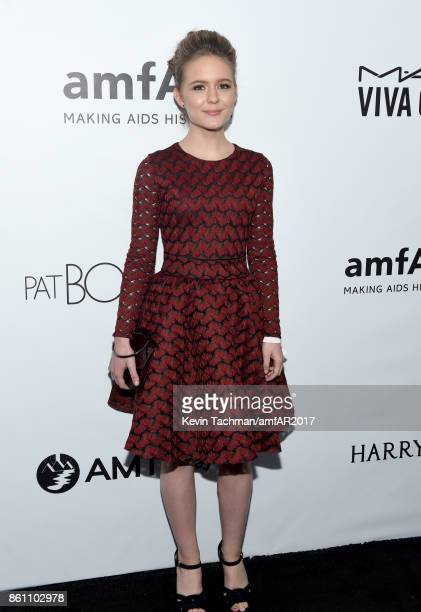 Izabela Vidovic at amfAR Los Angeles 2017 at Ron Burkle's Green Acres Estate on October 13 2017 in Beverly Hills Californi
