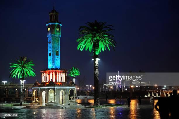 Glockenturm von Izmir plaza
