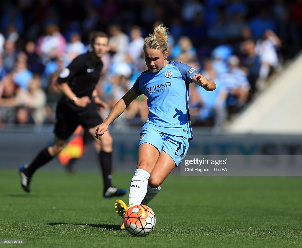 Manchester City Women v Arsenal Ladies FC - Continental Cup Semi-Final : News Photo