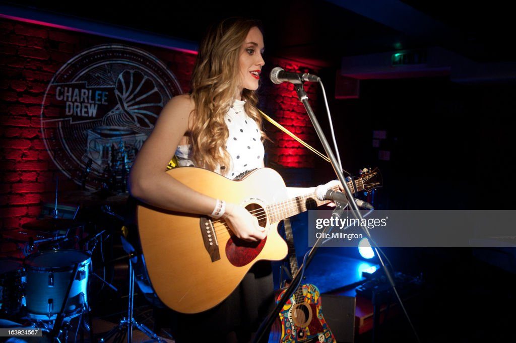 Izzy Marie Hill performs on stage at the Crumblin' Cookie supporting Charlie Drew on March 2, 2013 in Leicester, England.