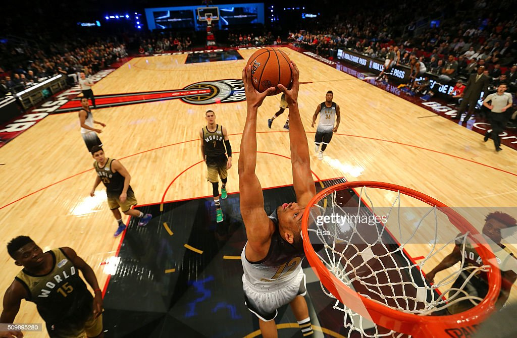 Jabari Parker #12 of the Milwaukee Bucks and the United States team goes up with the ball in the first half against the World team during the BBVA Compass Rising Stars Challenge 2016 at Air Canada Centre on February 12, 2016 in Toronto, Canada.