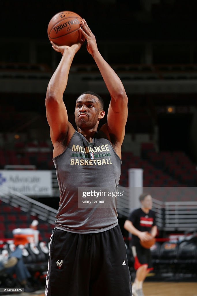 Jabari Parker #12 of the Milwaukee Bucks warms up before the game against the Chicago Bulls on March 7, 2016 at United Center in Chicago, Illinois.