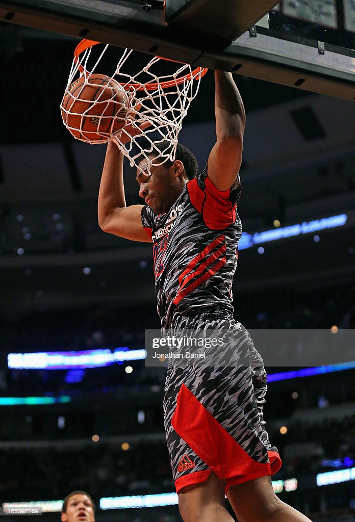 <a gi-track='captionPersonalityLinkClicked' href=/galleries/search?phrase=Jabari+Parker&family=editorial&specificpeople=9330340 ng-click='$event.stopPropagation()'>Jabari Parker</a> #22 of the West dunks the ball against the East during the 2013 McDonald's All American game at United Center on April 3, 2013 in Chicago, Illinois.