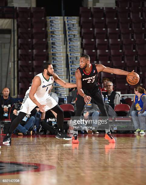 Jabril Trawick of the Sioux Falls Skyforce handles the ball against Mark Tyndale of the Reno Bighorns as part of 2017 NBA DLeague Showcase at the...
