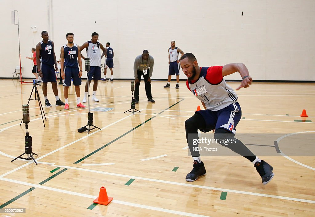 <a gi-track='captionPersonalityLinkClicked' href=/galleries/search?phrase=Jabril+Trawick&family=editorial&specificpeople=8627465 ng-click='$event.stopPropagation()'>Jabril Trawick</a> #21 runs drills during the NBA Development League seventh annual Elite Mini Camp May 9, 2016 at the Quest Multisport gym in Chicago, Illinois.