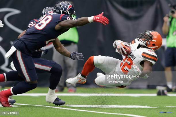 Jabrill Peppers of the Cleveland Browns returns a punt defended by Alfred Blue of the Houston Texans in the fourth quarter at NRG Stadium on October...