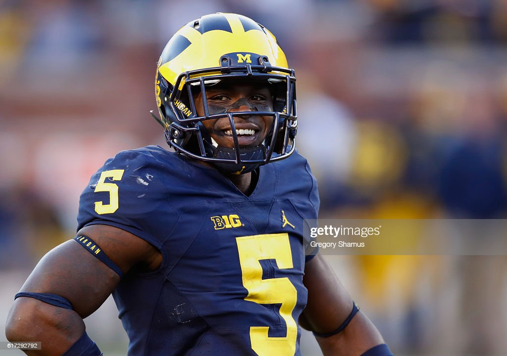 Jabrill Peppers #5 of the Michigan Wolverines looks on while playing the Illinois Fighting Illini on October 22, 2016 at Michigan Stadium in Ann Arbor, Michigan. Michigan won the game 41-8.