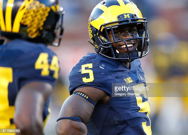 Jabrill Peppers of the Michigan Wolverines smiles while playing the Illinois Fighting Illini on October 22 2016 at Michigan Stadium in Ann Arbor...