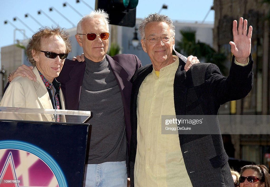 Jac Holzman, founder of Elektra Records (center), with <a gi-track='captionPersonalityLinkClicked' href=/galleries/search?phrase=Robby+Krieger&family=editorial&specificpeople=1846343 ng-click='$event.stopPropagation()'>Robby Krieger</a> and <a gi-track='captionPersonalityLinkClicked' href=/galleries/search?phrase=Ray+Manzarek&family=editorial&specificpeople=926931 ng-click='$event.stopPropagation()'>Ray Manzarek</a> of <a gi-track='captionPersonalityLinkClicked' href=/galleries/search?phrase=The+Doors+-+Band&family=editorial&specificpeople=926928 ng-click='$event.stopPropagation()'>The Doors</a>