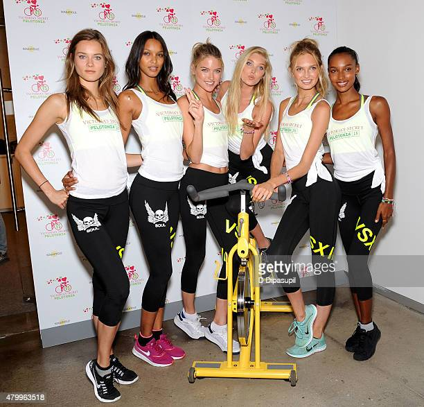 Jac Jagaciak Lais Ribeiro Martha Hunt Elsa Hosk Romee Strijd and Jasmine Tookes attend Victoria's Secret Supermodel Cycle at SoulCycle West Village...