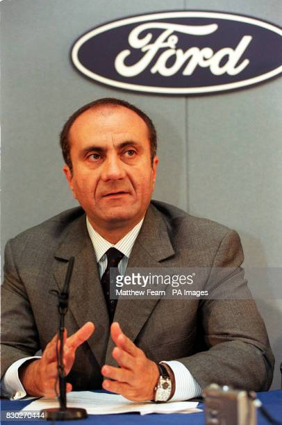 Jac Nasser President of the Ford Motor Company addresses the media with Transport and General Union General Secretary Bill Morris to explain the...