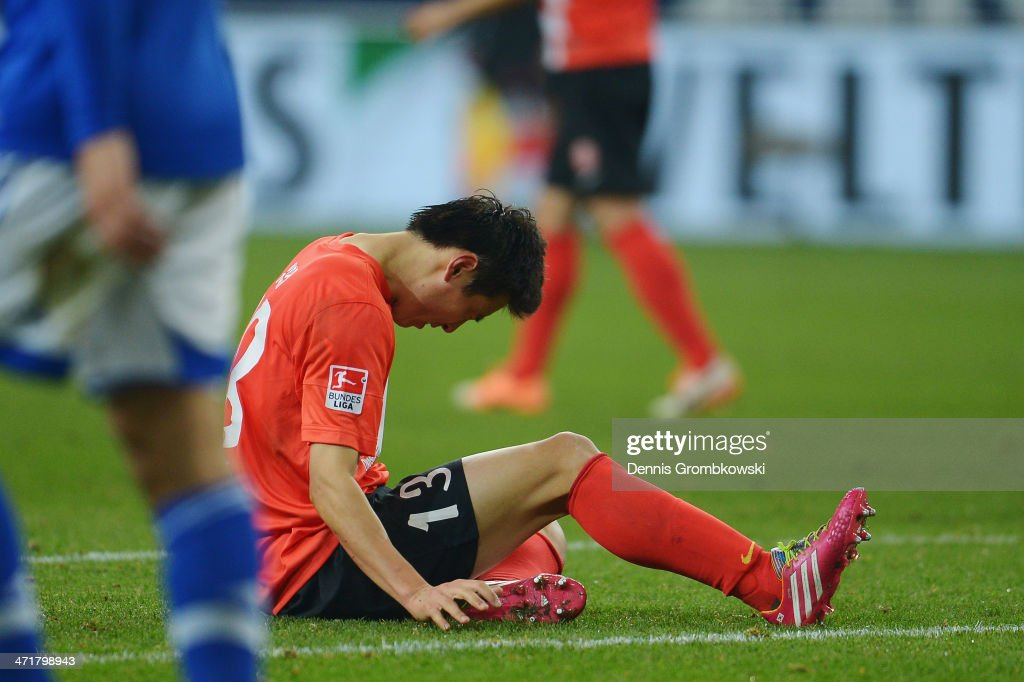 JaCheol Koo of FSV Mainz 05 shows his frustration during the Bundesliga match between FC Schalke 04 and FSV Mainz 05 at VeltinsArena on February 21...