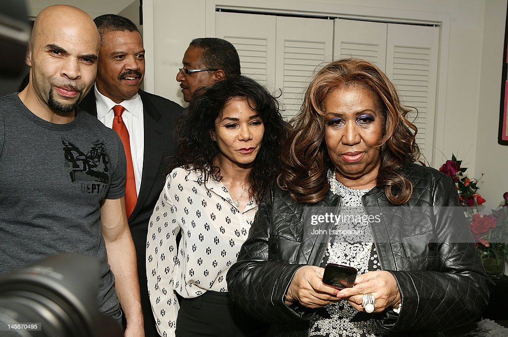 Jacinto Taras Riddick,Willie Wilkerson, Daphne Rubin Vega and <a gi-track='captionPersonalityLinkClicked' href=/galleries/search?phrase=Aretha+Franklin&family=editorial&specificpeople=210665 ng-click='$event.stopPropagation()'>Aretha Franklin</a> attend 'A Streetcar Named Desire' at The Broadhurst Theatre on June 1, 2012 in New York City.