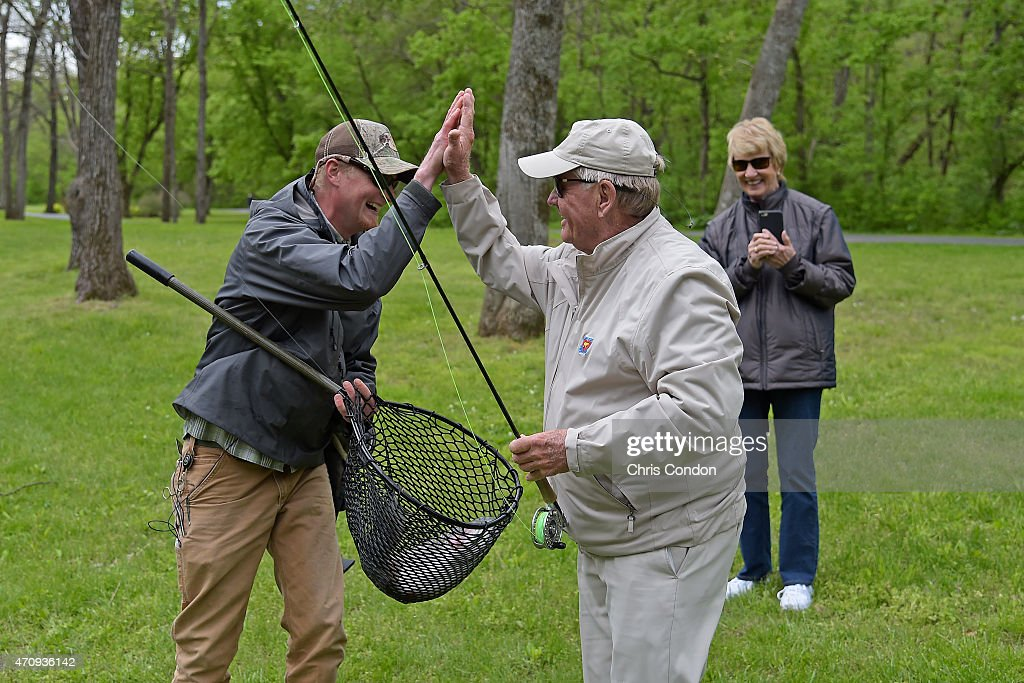 Jack and barbara nicklaus enjoys a fly fishing excursion for Bass pro shop fly fishing