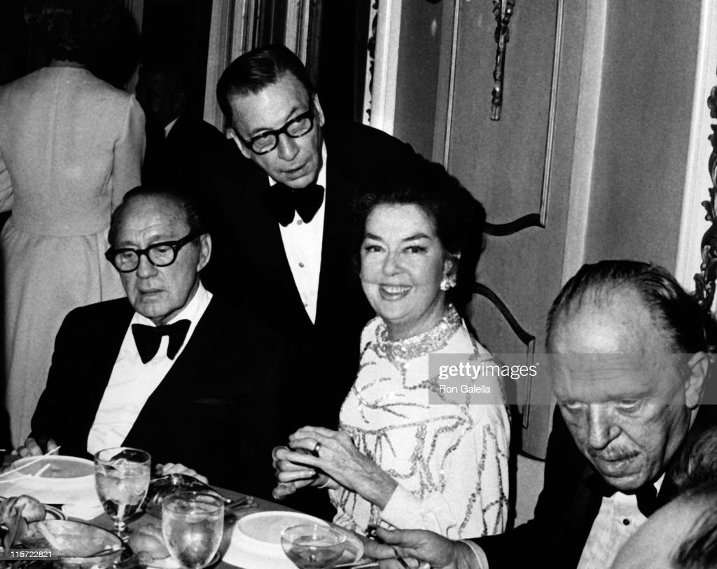 <a gi-track='captionPersonalityLinkClicked' href=/galleries/search?phrase=Jack+Benny&family=editorial&specificpeople=93561 ng-click='$event.stopPropagation()'>Jack Benny</a>, Earl Wilson and actress <a gi-track='captionPersonalityLinkClicked' href=/galleries/search?phrase=Rosalind+Russell&family=editorial&specificpeople=206523 ng-click='$event.stopPropagation()'>Rosalind Russell</a> attend the premiere party for 'Nicholas and Alexandra' on December 8, 1971 at the Plaza Hotel in New York City.