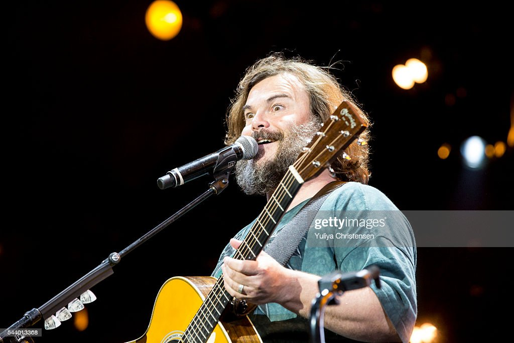 <a gi-track='captionPersonalityLinkClicked' href=/galleries/search?phrase=Jack+Black&family=editorial&specificpeople=171453 ng-click='$event.stopPropagation()'>Jack Black</a> of Tenacious D performs at Roskilde Festival on June 30, 2016 in Roskilde, Denmark.