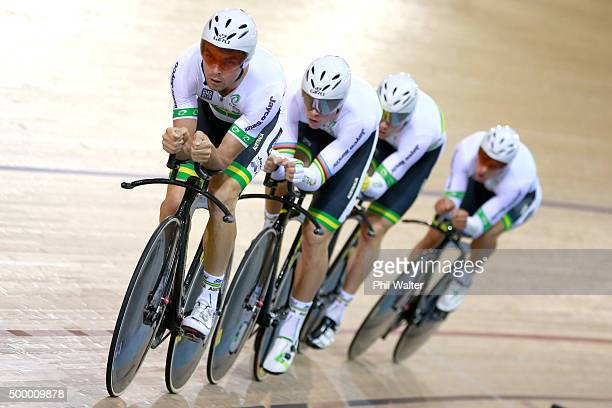 Jack Bobridge Alexander Edmondson Michael Hepburn and Luke Davison of Australia during the Mens Team Pursuit Final during the 2015 UCI Track Cycling...