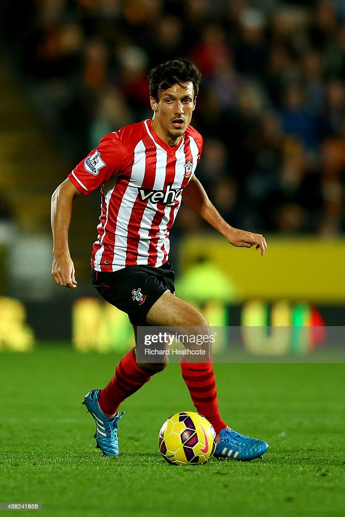 <a gi-track='captionPersonalityLinkClicked' href=/galleries/search?phrase=Jack+Cork&family=editorial&specificpeople=4206991 ng-click='$event.stopPropagation()'>Jack Cork</a> of Southampton in action during the Barclays Premier League match between Hull City and Southampton at the KC Stadium on November 1, 2014 in Hull, England.